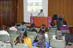 Charla debate en Humanidades