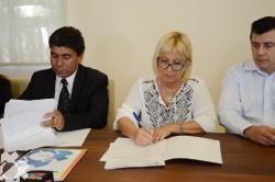 Firma de Convenio con Comisionado de Arraga