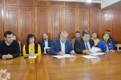 Firma de Convenio y Conferencia de Prensa