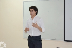 LEONARDO EZEQUIEL CORTES defendio su tesis final de grado_1